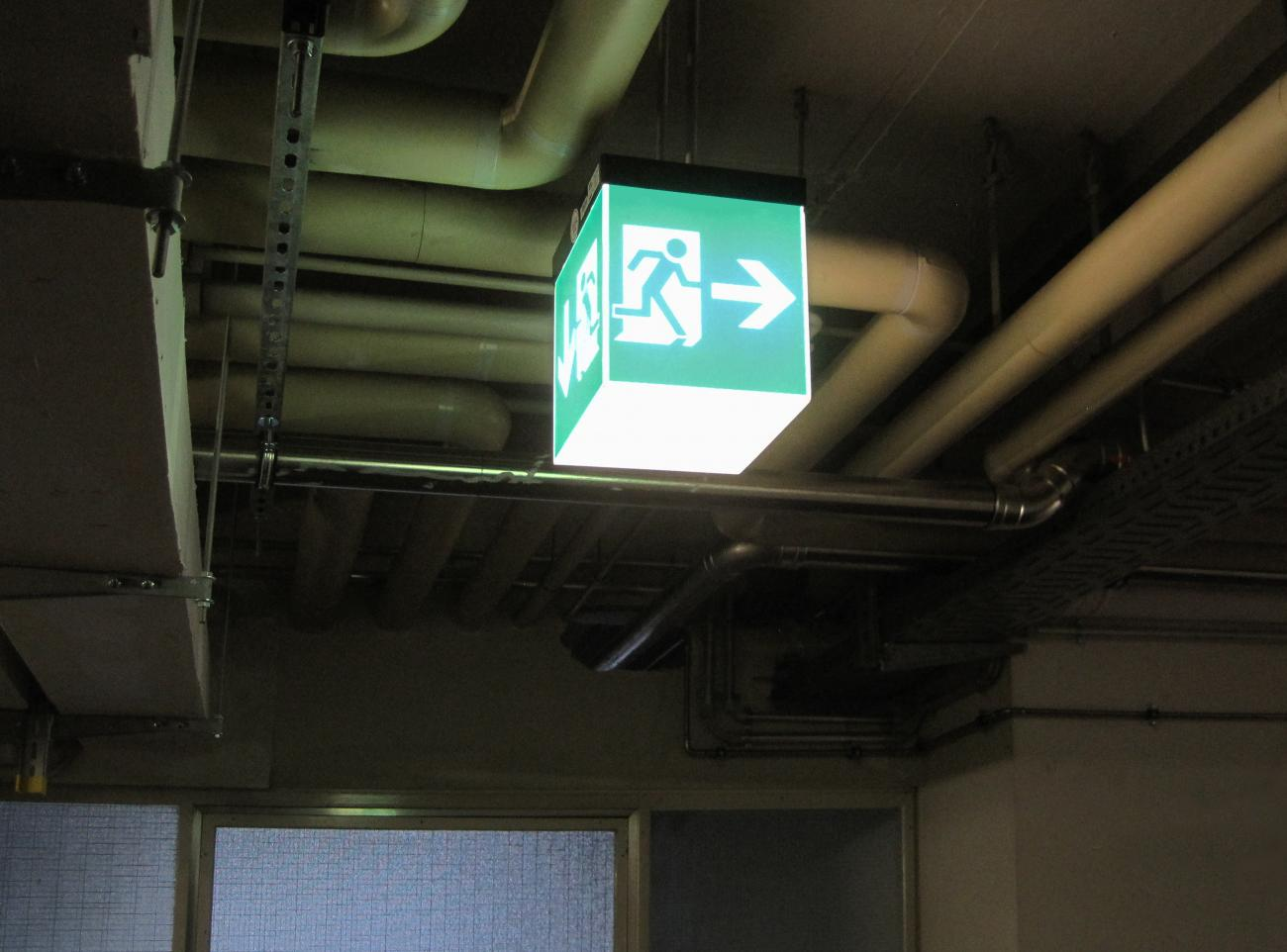 escape routes signage